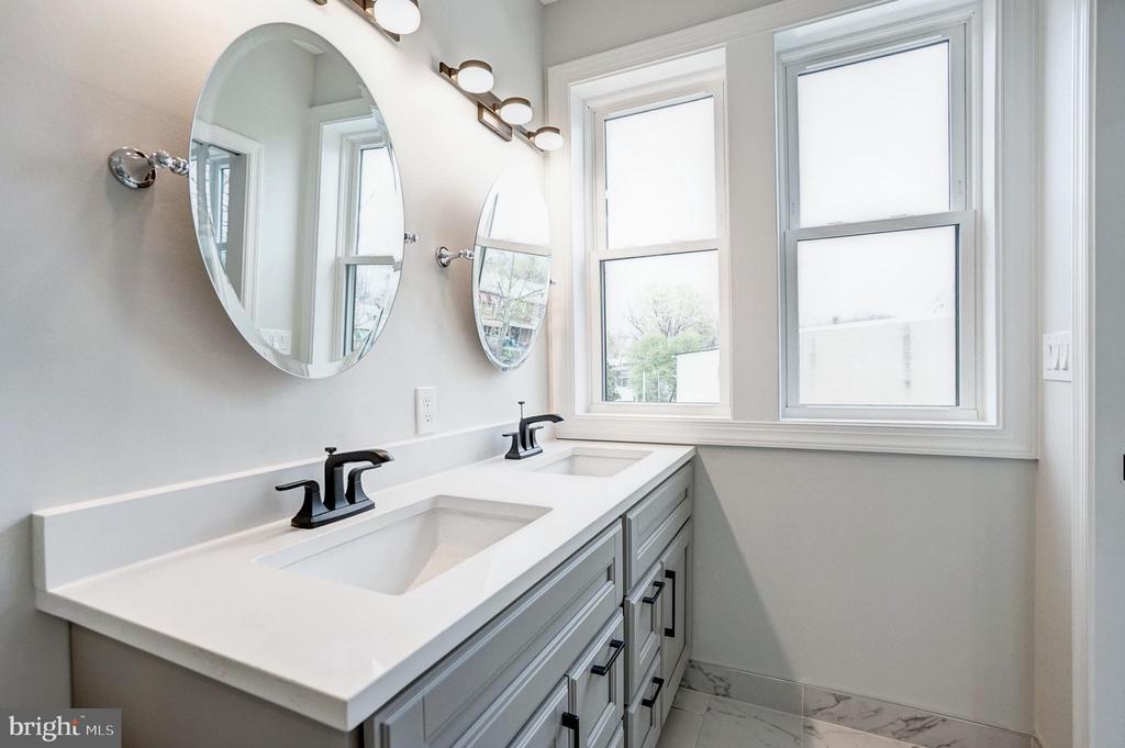 Bright Master Bathroom - 207 VARNUM ST NW, WASHINGTON