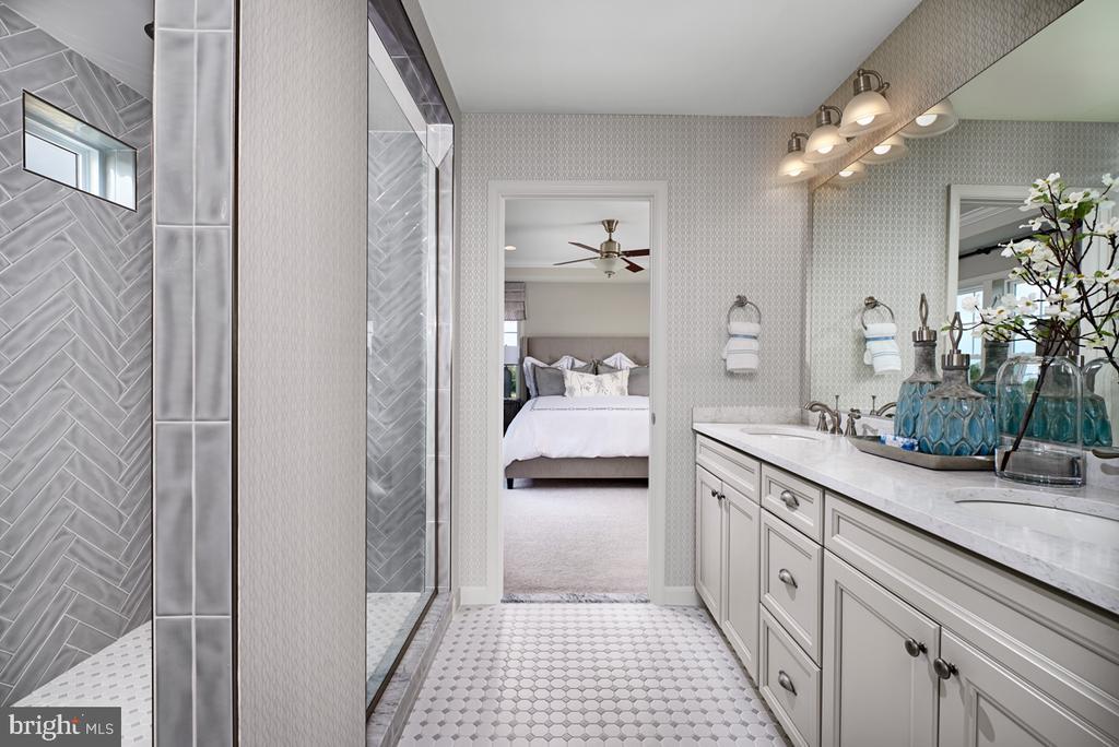 Master Bathroom - INVERLEE WAY- HEMINGWAY, WINCHESTER