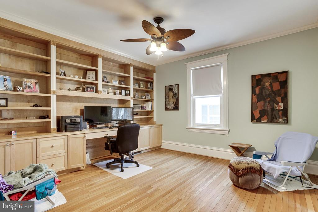 Office (Or Bedroom #7) - 4311 BRADLEY LN, CHEVY CHASE