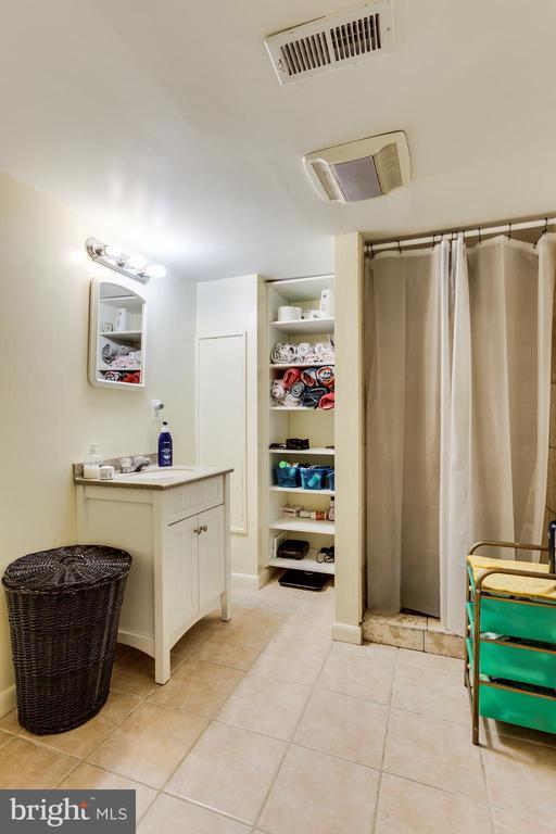 Basement Full Bath - 4311 BRADLEY LN, CHEVY CHASE