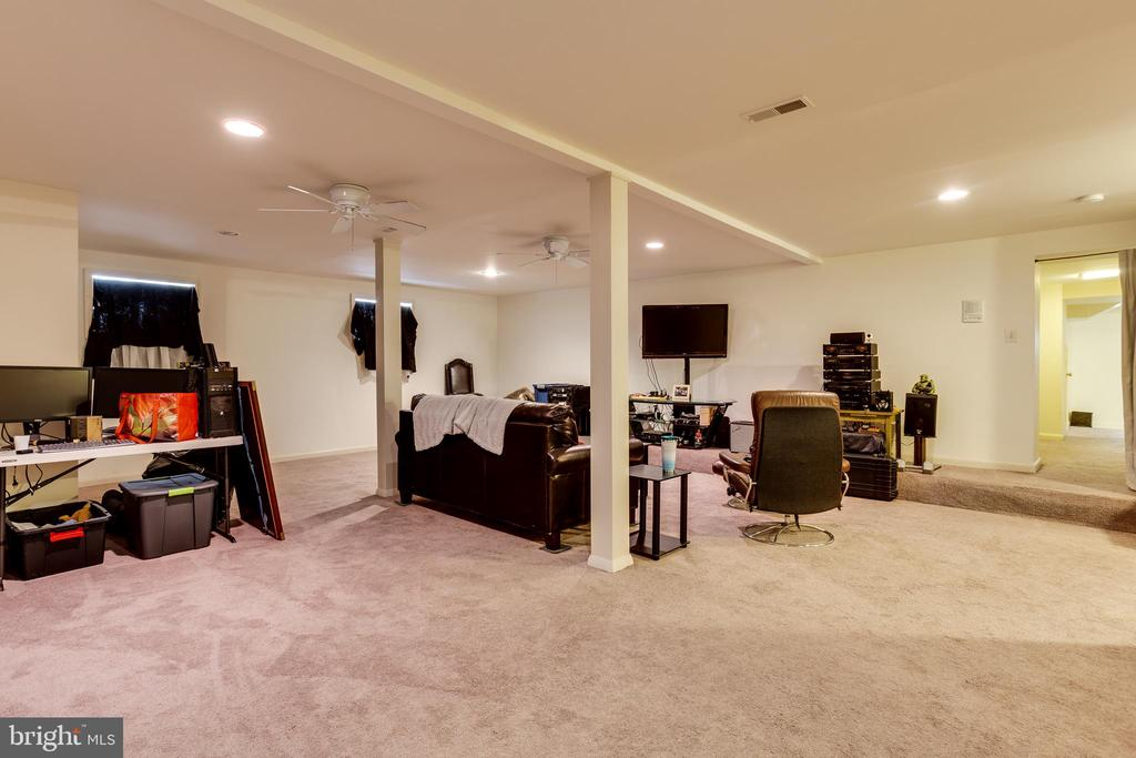 Basement Open Room (Extra Recreation/Living~ Area) - 4311 BRADLEY LN, CHEVY CHASE