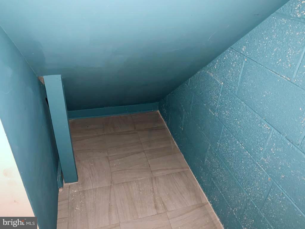 Crawlspace/storage - 5009 37TH AVE, HYATTSVILLE