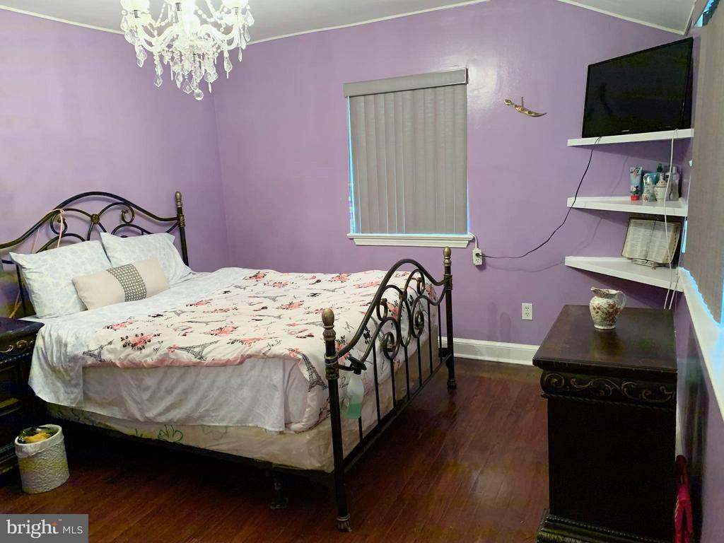 Master bedroom - 5009 37TH AVE, HYATTSVILLE