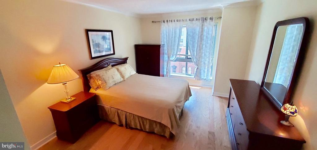 Spacious bedroom - 777 7TH ST NW #518, WASHINGTON