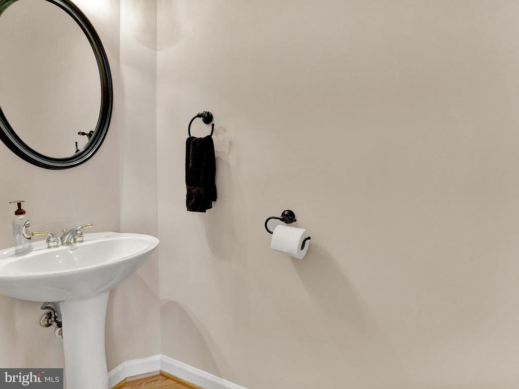 Main Level Half Bath - 11206 ANGUS WAY, WOODSBORO