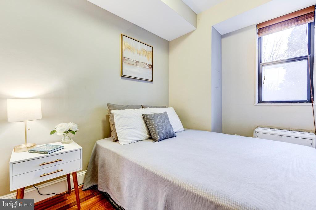 Master Bedroom - 1 SCOTT CIR NW #9, WASHINGTON