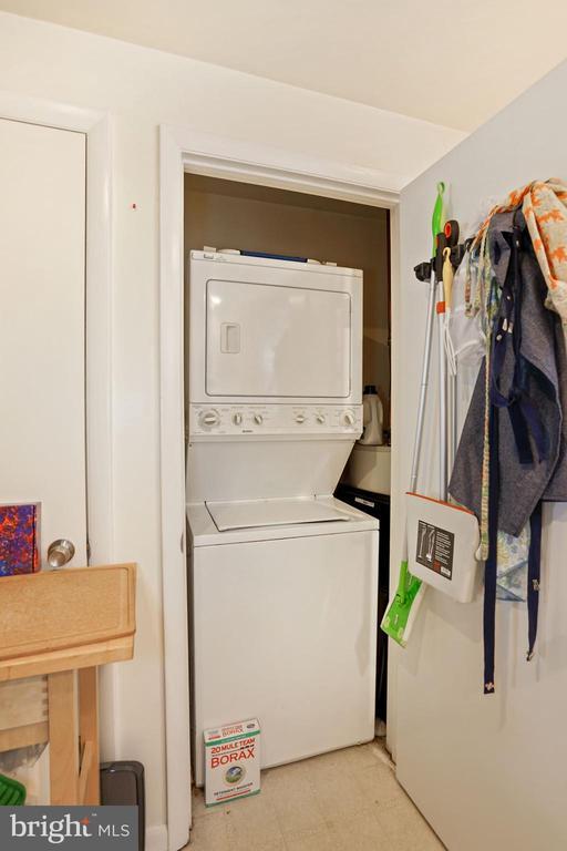 Unit #2 Washer/Dryer - 1009 OTIS PL NW, WASHINGTON