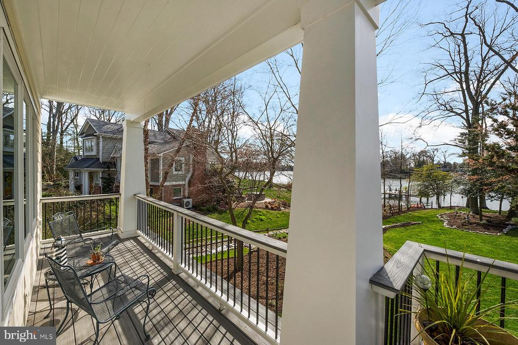 Waterside deck has a covered seating space - 1696 BEECH LN, ANNAPOLIS