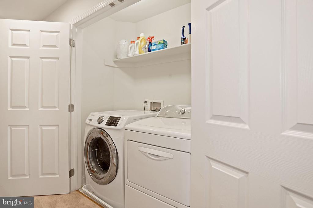 Sleeping Level Laundry Room - 308 S PAYNE ST, ALEXANDRIA