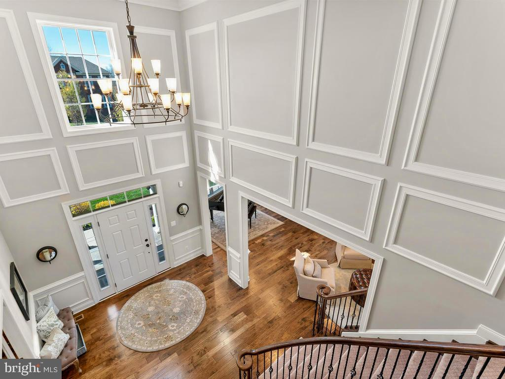 Breathtaking view from the Upstairs landing - 41488 DEER POINT CT, ALDIE