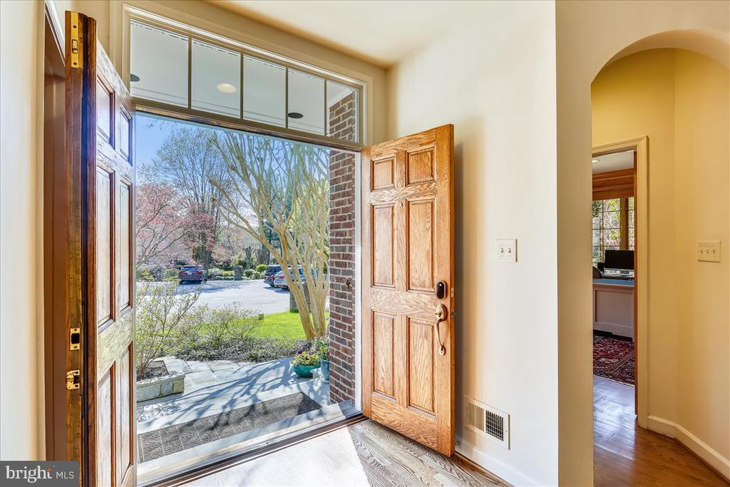 Entrance - 6308 MOUNTAIN BRANCH CT, BETHESDA