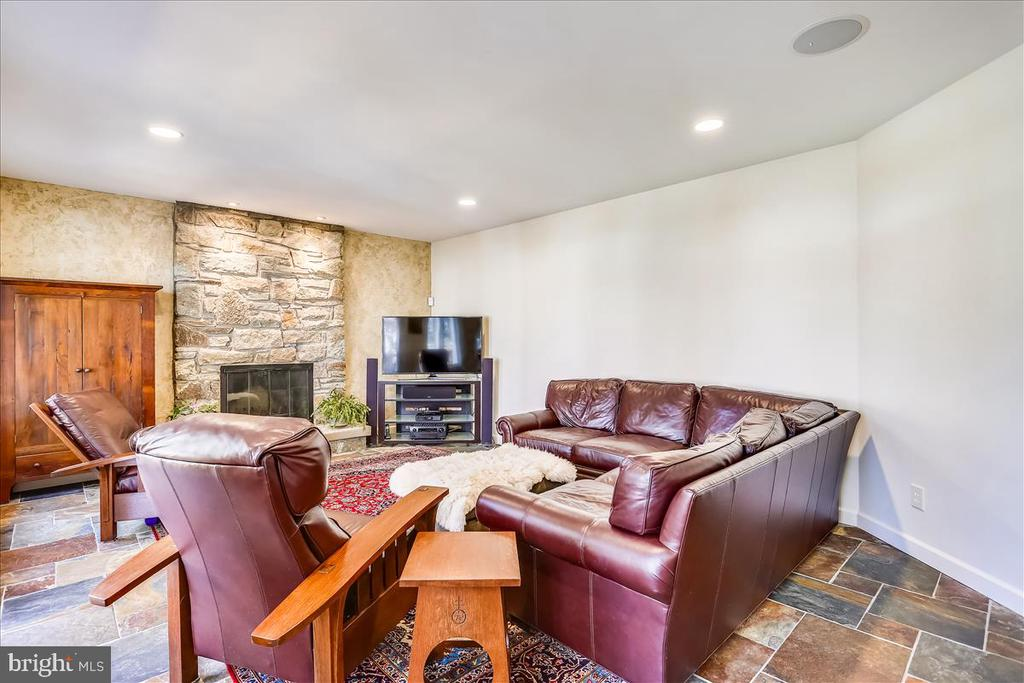 Family Room with Fireplace - 6308 MOUNTAIN BRANCH CT, BETHESDA