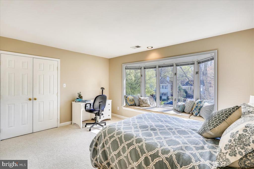 Bedroom #2 - 6308 MOUNTAIN BRANCH CT, BETHESDA