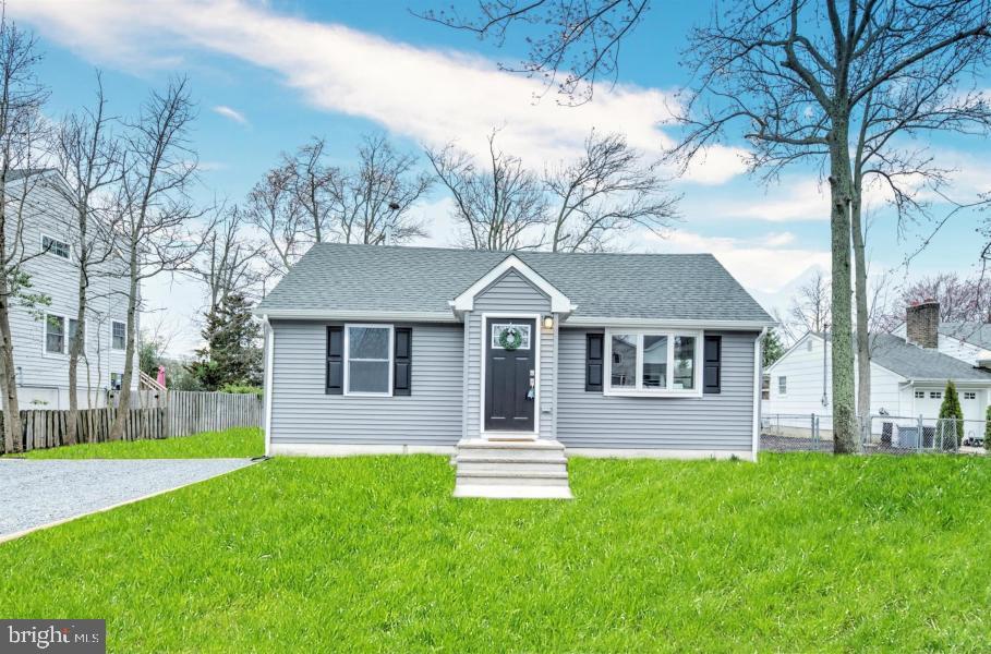 Single Family Homes per Vendita alle ore Ocean Gate, New Jersey 08740 Stati Uniti