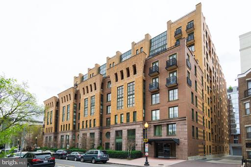 910 M ST NW #512