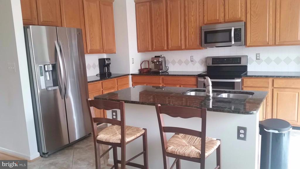 Kitchen - 6587 KIERNAN CT, ALEXANDRIA
