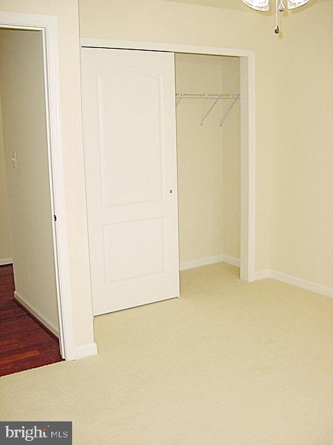BR3 Lighted Fan, Full Wall Closet - 20137 BLACKWOLF RUN PL, ASHBURN