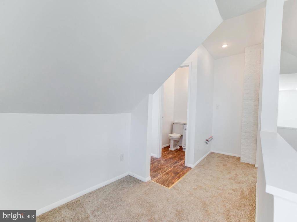 Upstairs and so much more room!`````````` - 6808 PICKETT DR, MORNINGSIDE