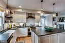 Beautiful features, every detail is perfection - 900 N FREDERICK ST, ARLINGTON