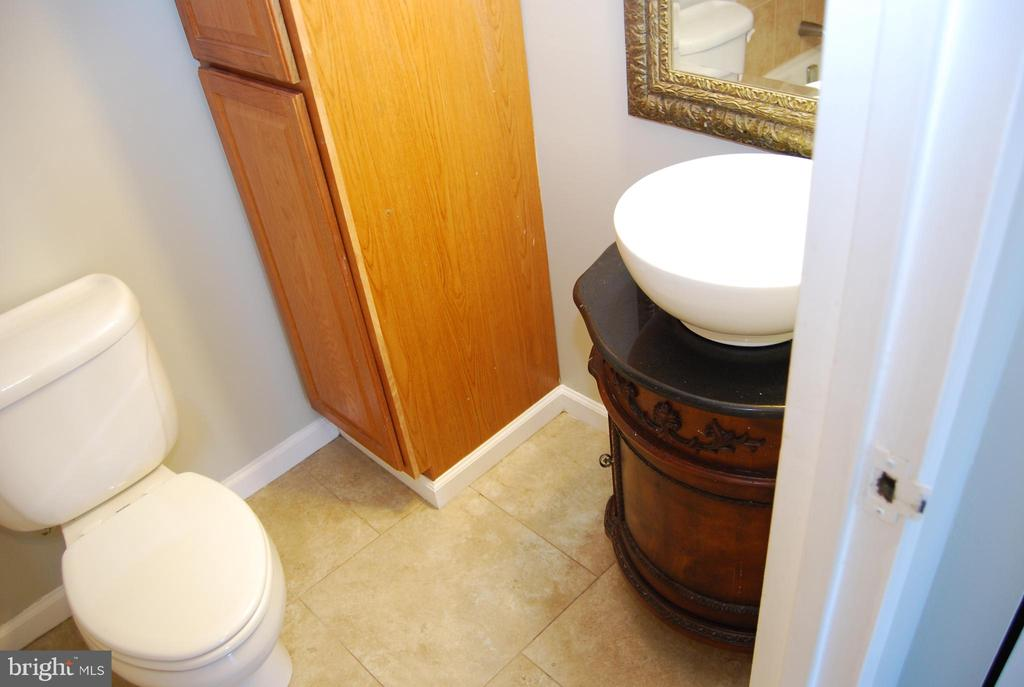 Master Bathroom - 5500 HOLMES RUN PKWY #1517, ALEXANDRIA