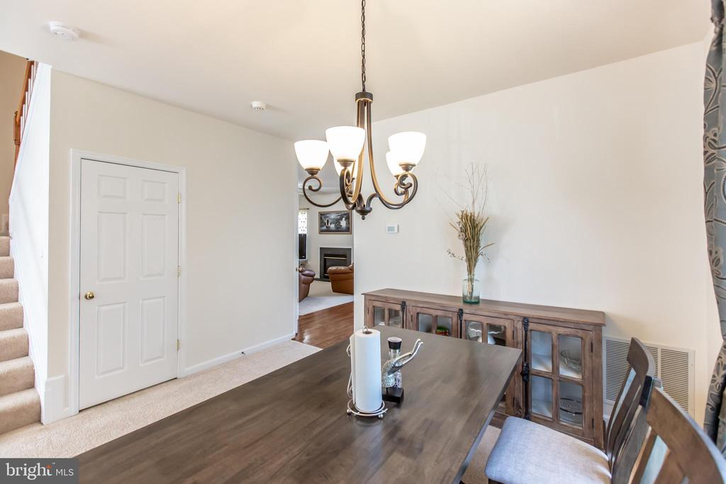 Dining Room! - 9648 SAYBROOKE DR, BRISTOW
