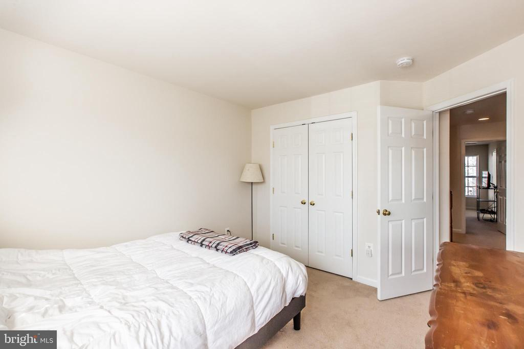 Bedroom #2 with View of Large Closet! - 9648 SAYBROOKE DR, BRISTOW