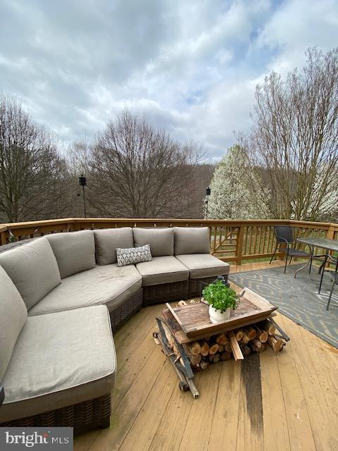 Outdoor entertaining! - 6650 HARBOR LIGHT WAY, NEW MARKET