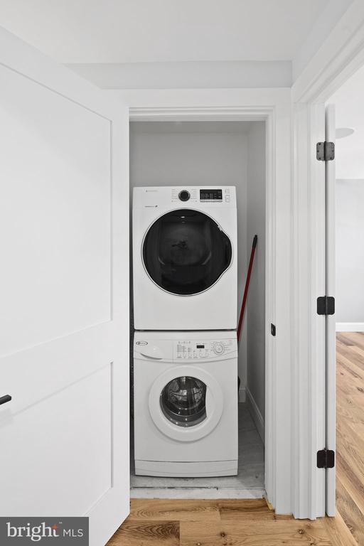 Convenient laundry area - 1130 N UTAH ST, ARLINGTON
