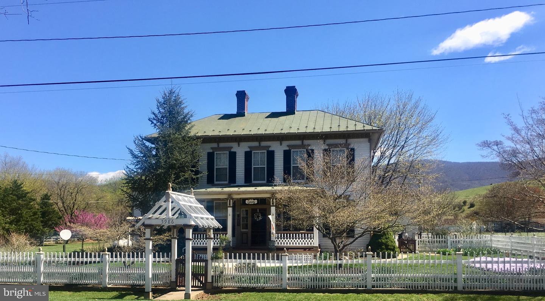 Single Family Homes 為 出售 在 Bentonville, 弗吉尼亞州 22610 美國