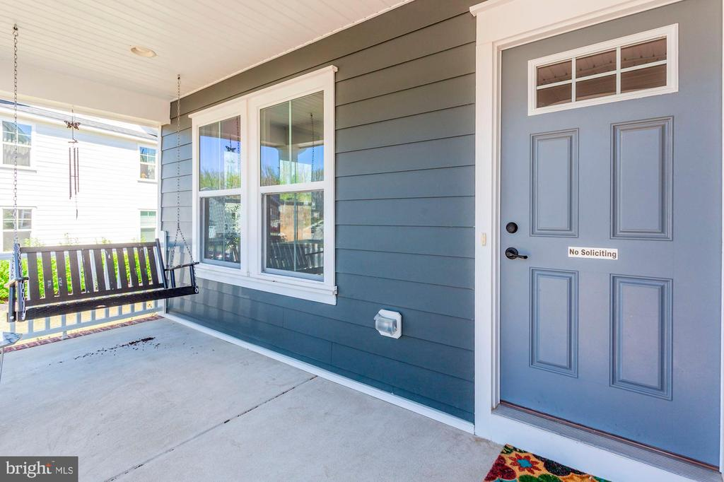 Enjoy Covered Porch with Swing - 2308 SWEET PEPPERBRUSH LOOP, DUMFRIES