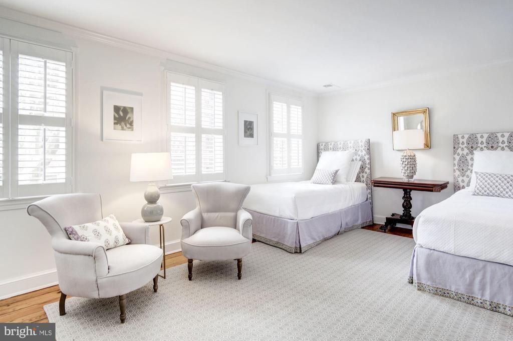 Upper Level - Bedroom 2 - 3017 P ST NW, WASHINGTON