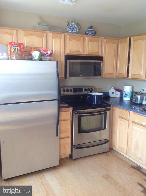 Kitchen - 7320 WYTHEVILLE CIR, FREDERICKSBURG