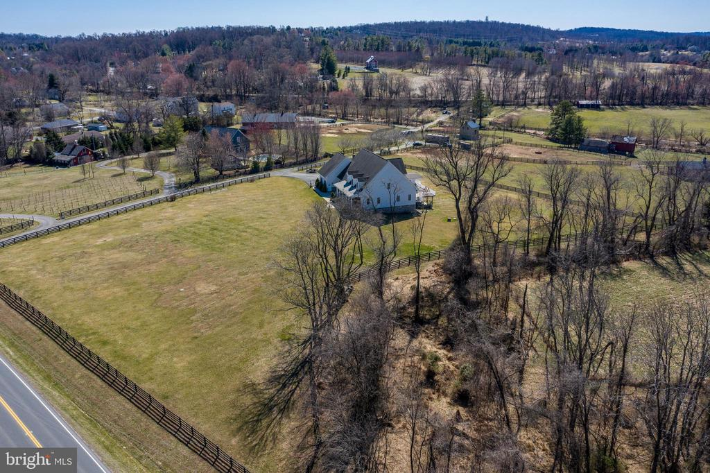 Additional drone view - 40319 CHARLES TOWN PIKE, HAMILTON