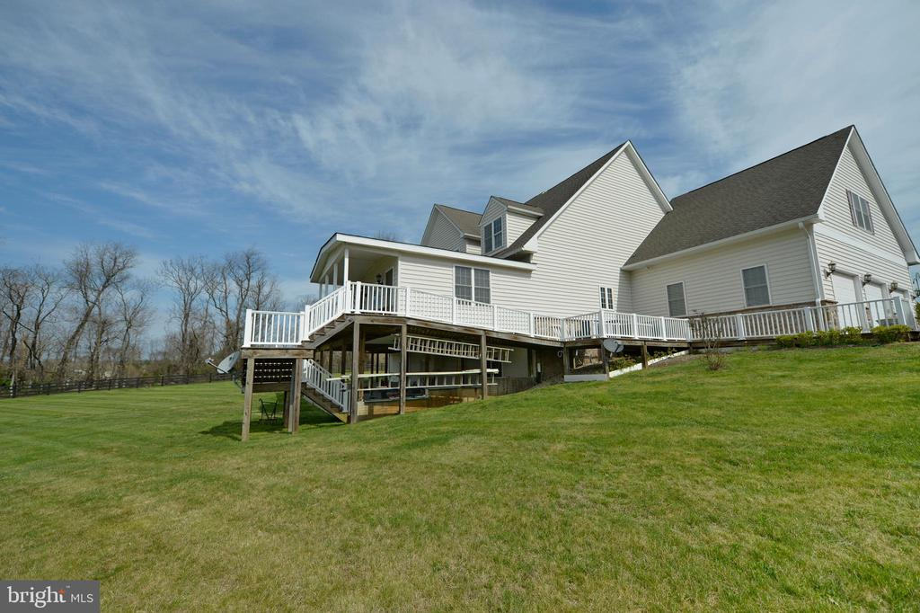 Main and lower levels are wheelchair accessible - 40319 CHARLES TOWN PIKE, HAMILTON