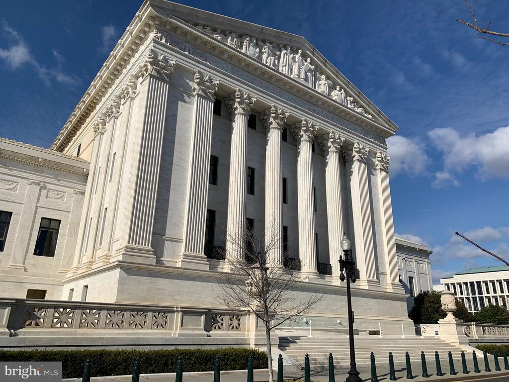 View of the Supreme Court across the street - 11 2ND ST NE #104, WASHINGTON
