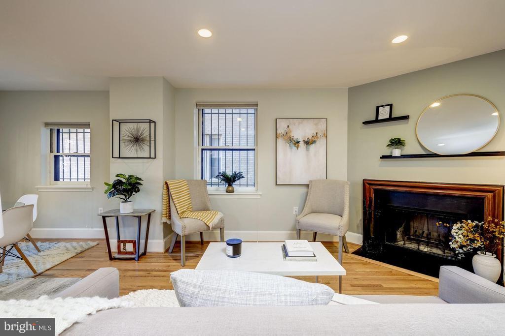 Living Room with wood burning fireplace - 1813 16TH ST NW #1B, WASHINGTON