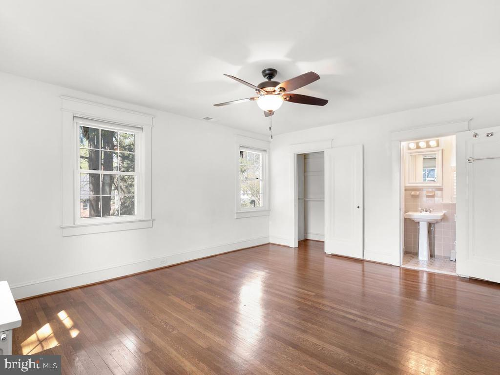 Master Besdroom - 4207 STANFORD ST, CHEVY CHASE
