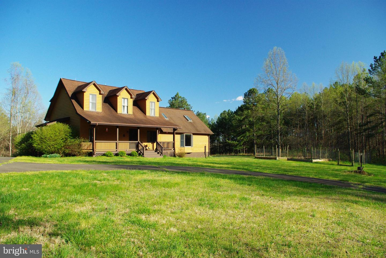 Single Family Homes 為 出售 在 Castleton, 弗吉尼亞州 22716 美國