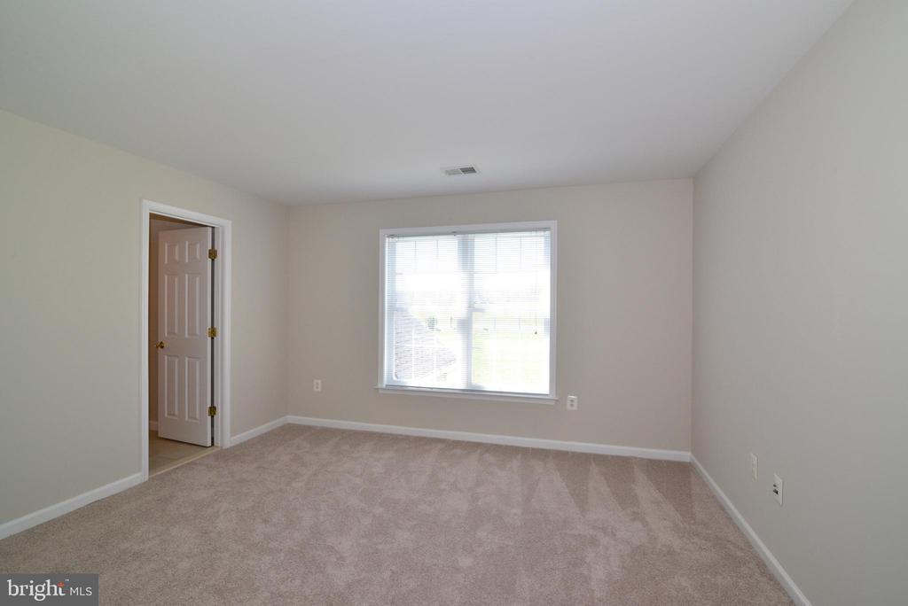Bedroom 3 - Princess Suite - 14042 BLUE VIEW CT, LEESBURG