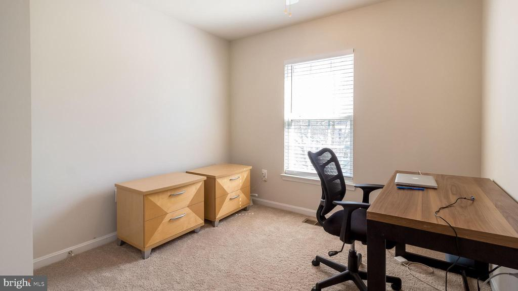 Third Bedroom - 2020 TREMONT ST SE, WASHINGTON
