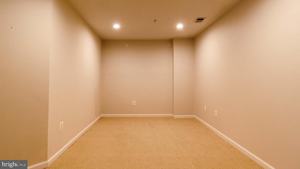 Family Room - 2020 TREMONT ST SE, WASHINGTON