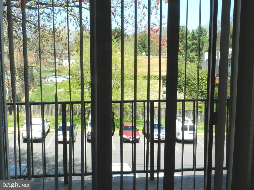 View from the Living Room - 136 DUVALL LN #304, GAITHERSBURG