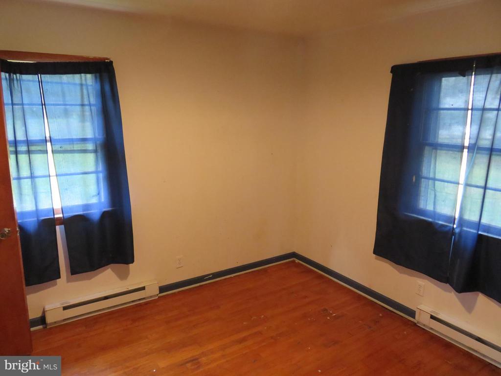 2nd Bedroom - 112 COLEBROOK RD, FREDERICKSBURG
