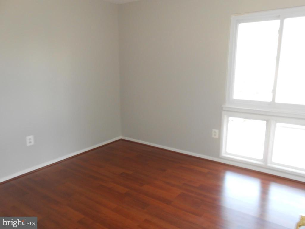 Bedroom #2 - Laminate Floor - 7702 BRANDON WAY, MANASSAS