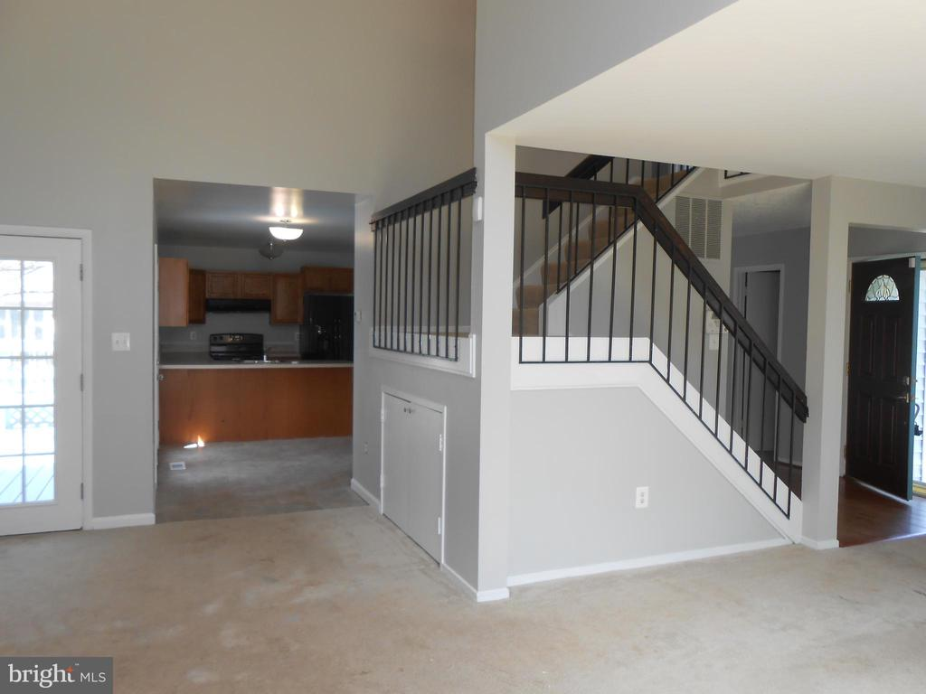 Storage under stairs - 7702 BRANDON WAY, MANASSAS