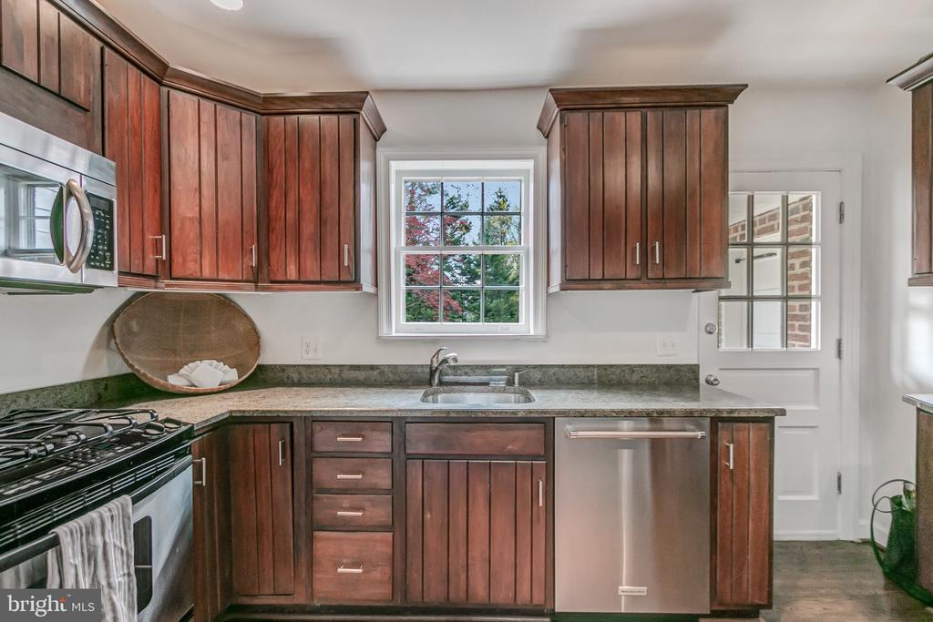 Kitchen w/back door to garage, window to backyard - 7007 CONNECTICUT AVE, CHEVY CHASE