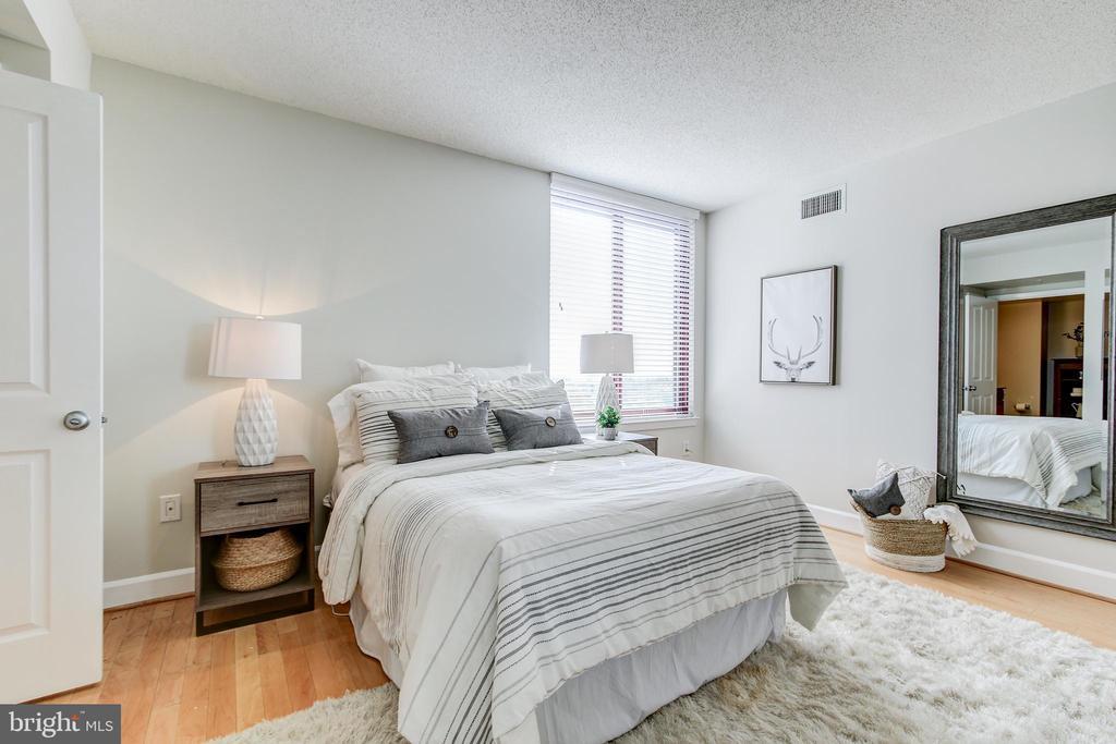Bedroom 2 - 1205 N GARFIELD ST #804, ARLINGTON