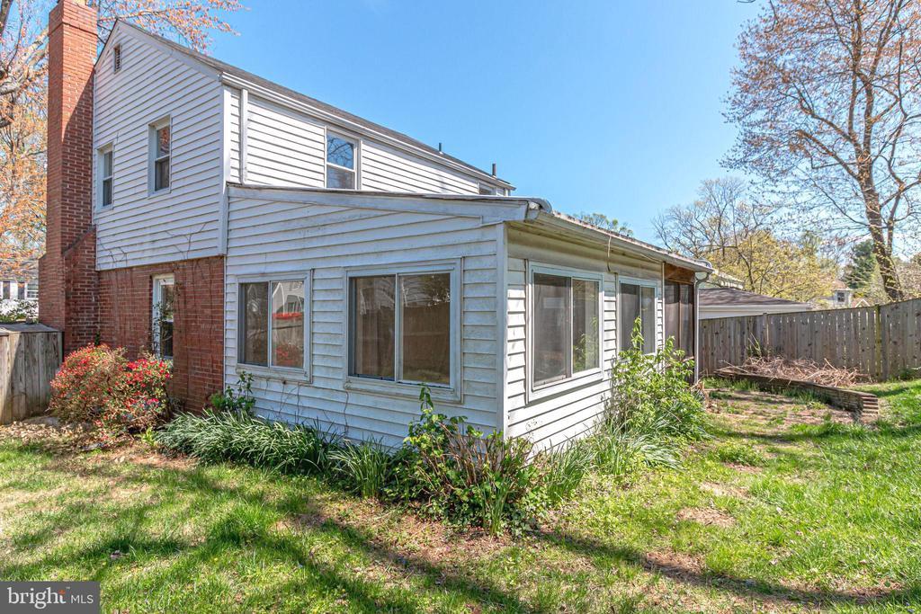 Back yard - 5944 10TH RD N, ARLINGTON