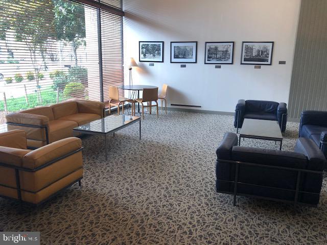 Welcoming Lobby - 1711 MASSACHUSETTS AVE NW #803, WASHINGTON