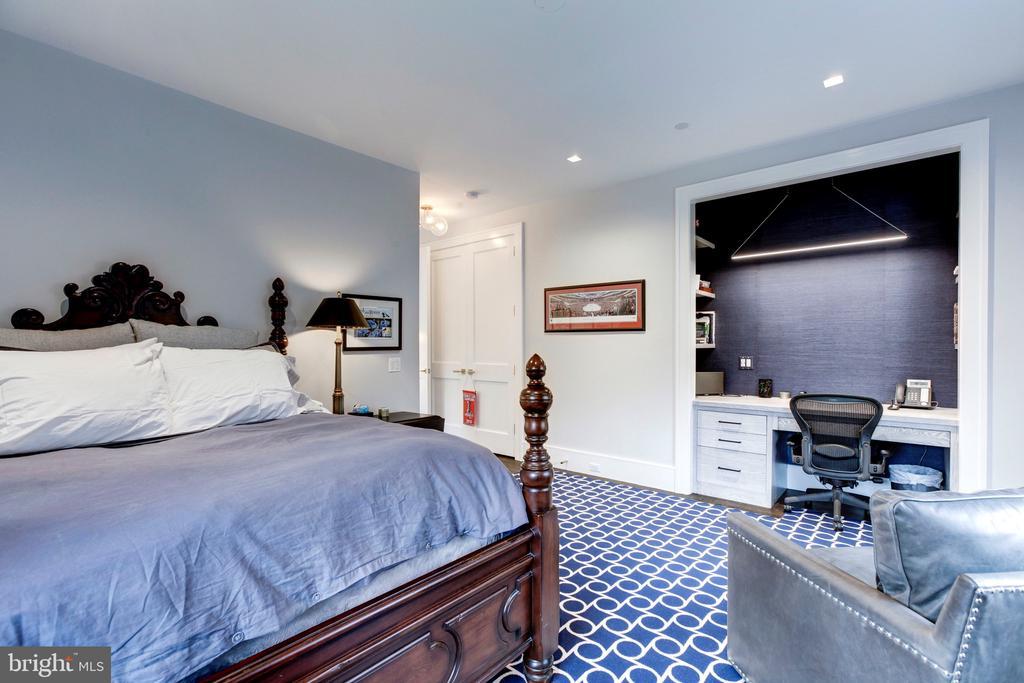 Second Bedroom - 5427 GOLDSBORO RD, BETHESDA